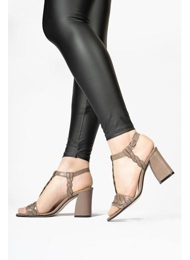 CZ London Hakiki Deri Klasik Topuklu Ayakkabı Vizon